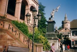 Kriegerdenkmal um 1989